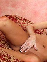 Elizabeth Regina 09