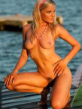 Liz Ashley 07