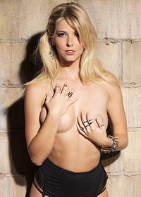 Hot Blonde Victoria Winters