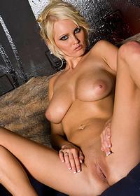 Hannah Hilton nice tits