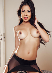 Gorgeous cybergirl in stockings