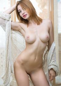 Valeria Redhead Beauty