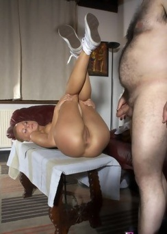 Beauty Bald Teen Fucked By Her Papa