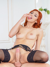 Verónica Leal - At Your Service 10