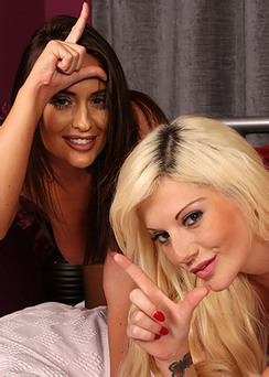 Emma Nad Emily In Webcam Show